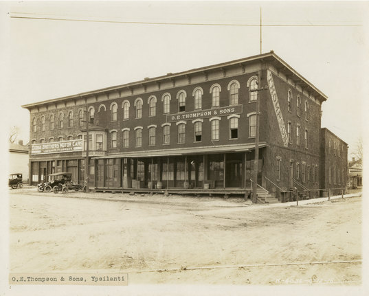 Thompson Block, 1916.jpg