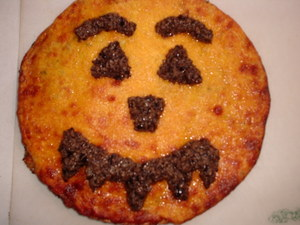 Hallowe'en Pizza.JPG