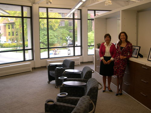 Office Furniture Firm Iscg Offers Collaboration In New Ann Arbor Space