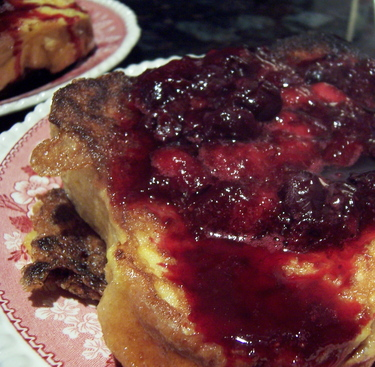Borden - French Toast with strawberry and blueberry compote