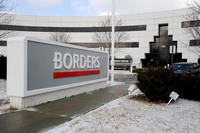 012810-AJC-borders-layoff-01.JPG