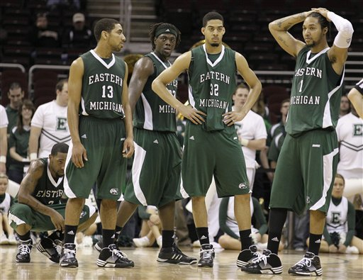 Akron outlasts Eastern Michigan basketball team in double ...