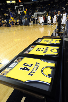 Michigan-jerseys-031710.jpg
