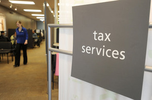 Thumbnail image for 041310-AJC-taxes-h-and-r-bl.JPG