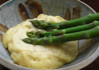 Borden - mayo with asparagus