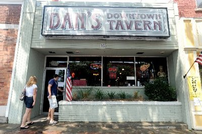 072310-AJC-Dan's-Downtown-T-1.JPG.jpeg