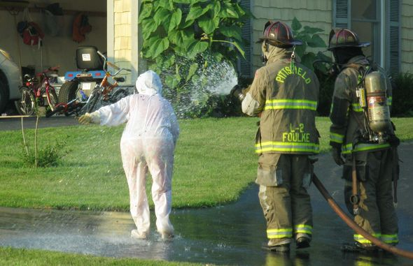 Beekeeper Attacked By U0027overly Aggressiveu0027 Bees; Firefighters Use 750  Gallons Of Water To Disperse Them