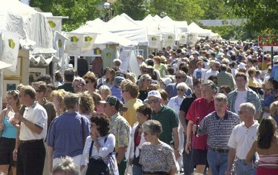 Crowd overview Art Fairs AW.JPG