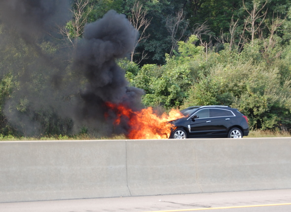 Car_fire_pittsfield1.JPG