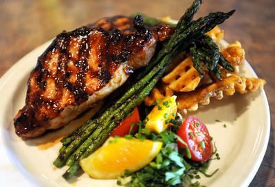 Knight's-Pork-Chop.JPG