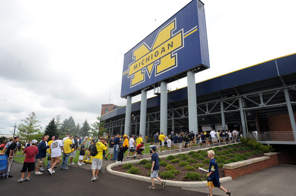 MICHIGAN-STADIUM.jpg
