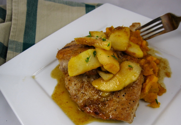 Peggy Lampman's Friday dinnerFeed: Pork Chops with Apples and Chutney