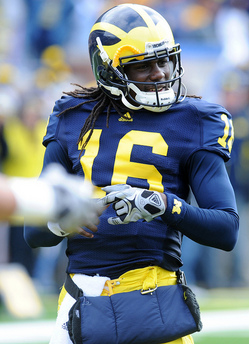 Thumbnail image for denard_pregame.jpg
