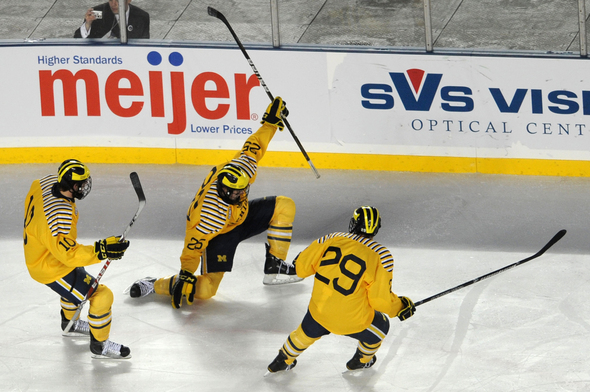 MICHIGAN-HOCKEY.jpg
