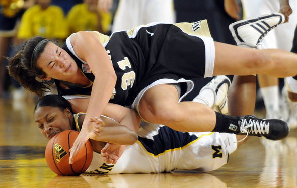 Michigan women's basketball blows out Wake Forest in ACC ...