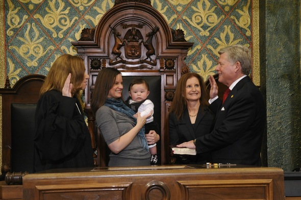 Mark_Ouimet_sworn_in_Jan_11_2011.jpg