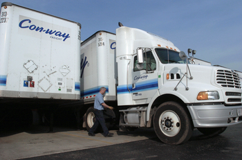 Conway_Con_way_ConwayFreight_Con-way_Freight_trucking_truck_shipping.JPG