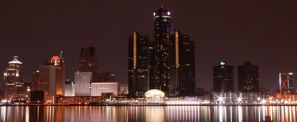Detroit_Night_Skyline.JPG