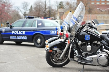Ann_Arbor_Police_motorcycles_patrol_car_April_2011_.jpg