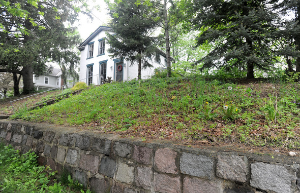 Local couple wins DIY Network landscape makeover will be featured