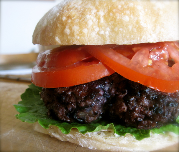 lampman-blueberry-bison-burger.JPG