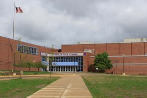 Pioneer_High_School_Ann_Arbor1.jpg