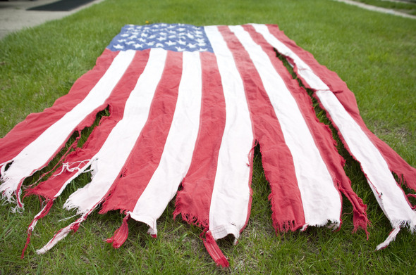 Torn_FOE_Flag_3.jpg