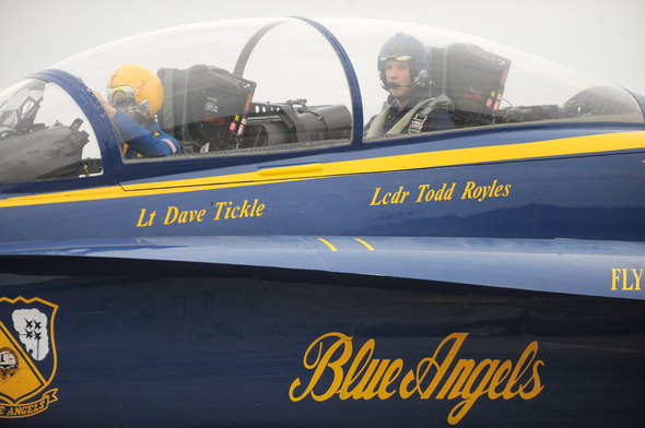 BLUE-ANGELS1.jpg