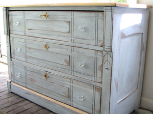 Craigslist Chest Of Drawers Gets A Makeover