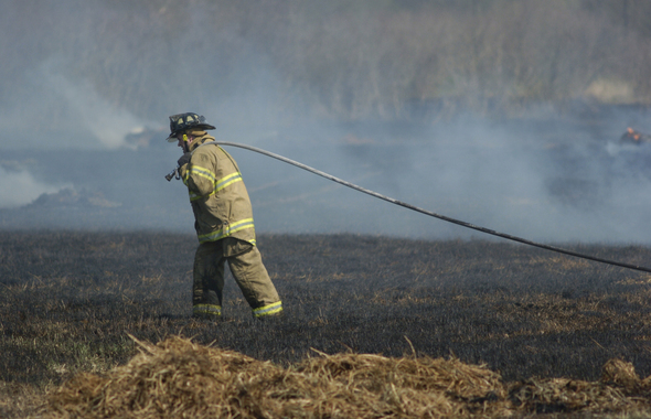 brush_fire_ypsilanti_twp.jpg