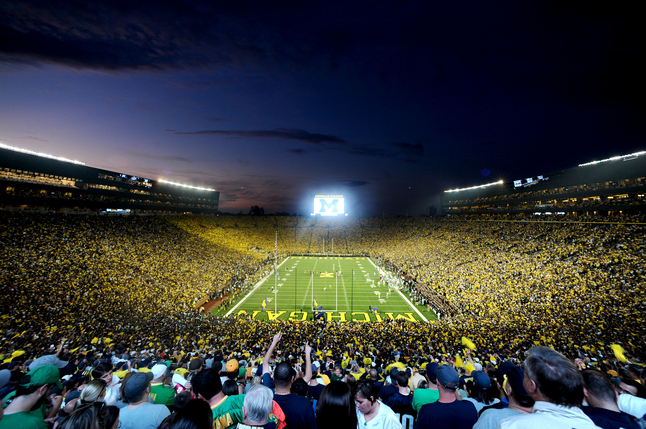 Michigan_Stadium_night_game_Big_House_Michigan_football_crowd.jpg