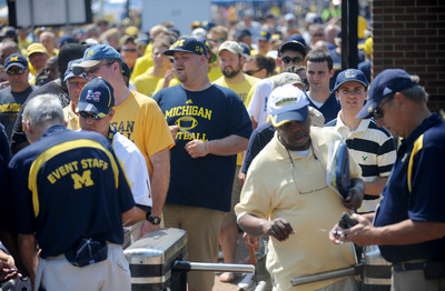 michigan-stadium-fans.JPG