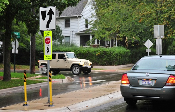 pedestrian_safety_ordinance_Sept_2011_3.jpg
