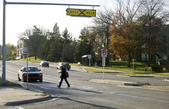110411_Plymouth_Road_crosswalk.jpg