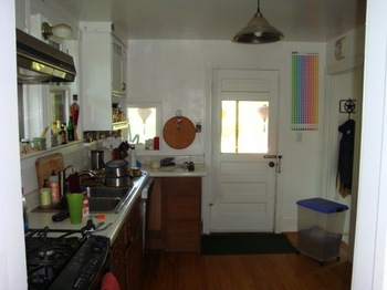 112411_kitchen5.jpg