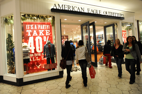 American_Eagle_Briarwood_Mall_Black_Friday_2011.jpg