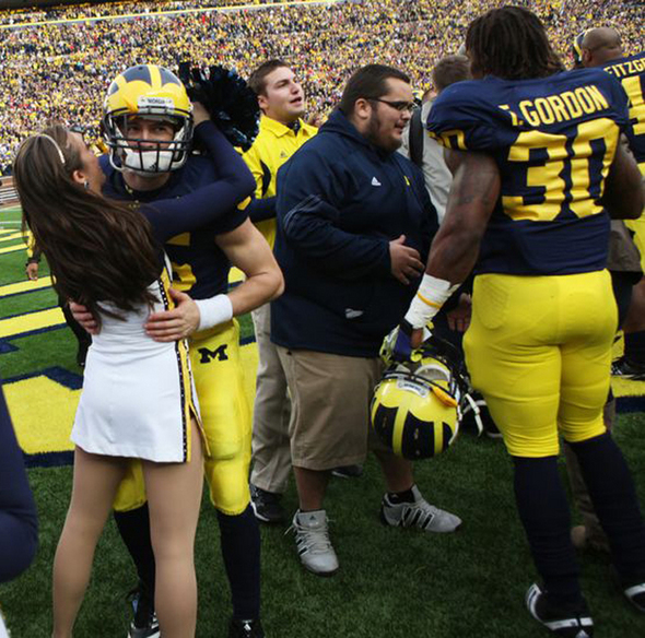Michigan Football Coach Brady Hoke Shrugs Off Ohio State S Criticism