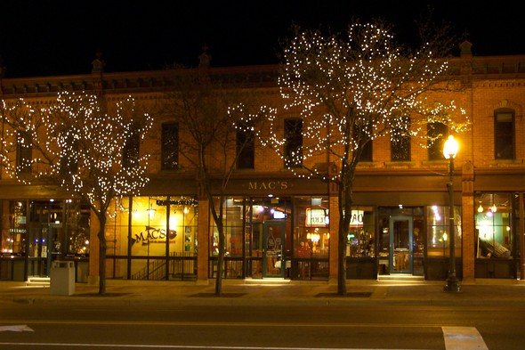Downtown at night 024.jpg