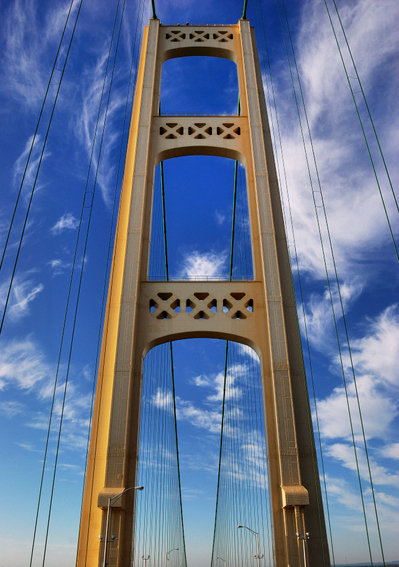Mackinac_Bridge_Tower.jpg