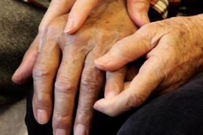 alzheimers-old-people-disease-caring-care-aging-ap_296.jpg