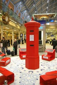 1213 Santa Claus Postbox in the UK.jpg