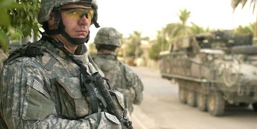 1220 US Army searching for insurgents in Iraq.jpg