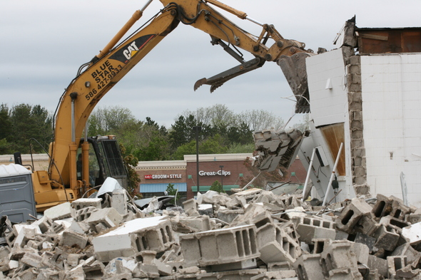 Demolition_at_ LaFontaine_Chevy.JPG
