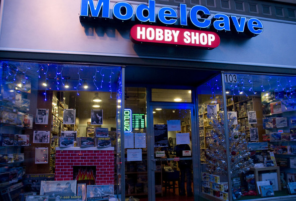 Man Cave Store In Michigan : Ypsilanti s model cave finds success in an old hobby