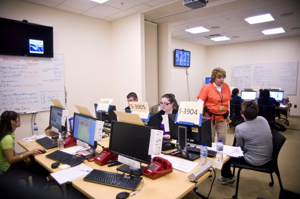 Mott_Children's_hospital_command_center2.JPG