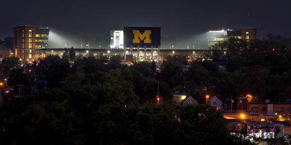 STADIUM-NIGHT.JPG