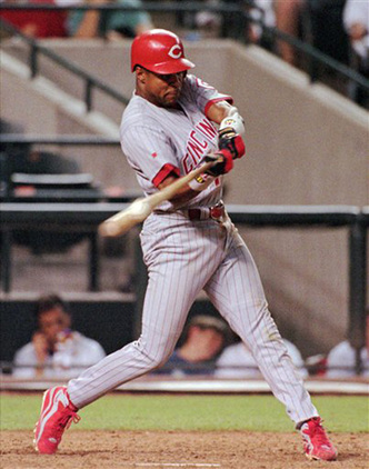 BARRY-LARKIN-SWINGS.jpg