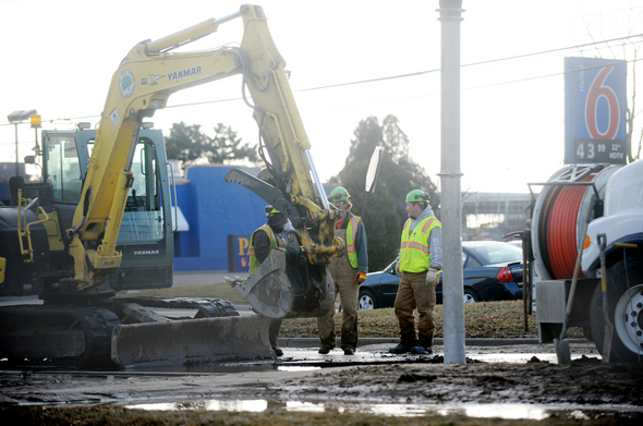 020212_NEWS_Water Main Break_MRM_01.jpg