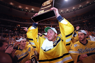 1998_UMHockey_Fox.jpg