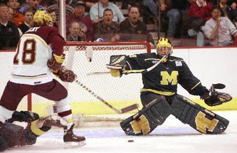 2002_UMHockey_Blackburn.JPG